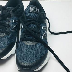 New Balance Women's Ralaxa V1 CUSH + Walking Shoe,